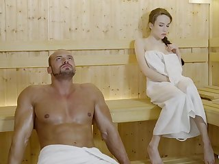 Russian Irish colleen close by braided hair with the addition of large mammories got drilled in the sauna, until she came