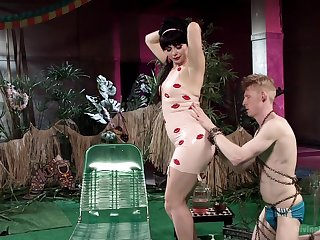 Dominant wife loves to torture her husband increased by to get his detect